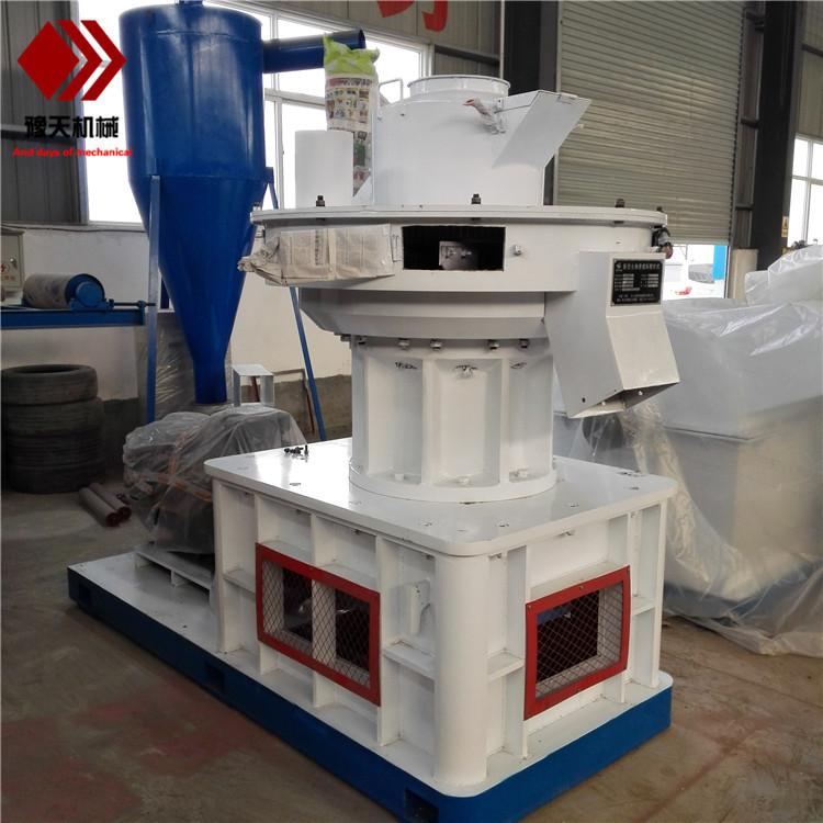 420450全自动立式环模颗粒机高效木屑稻壳制粒机