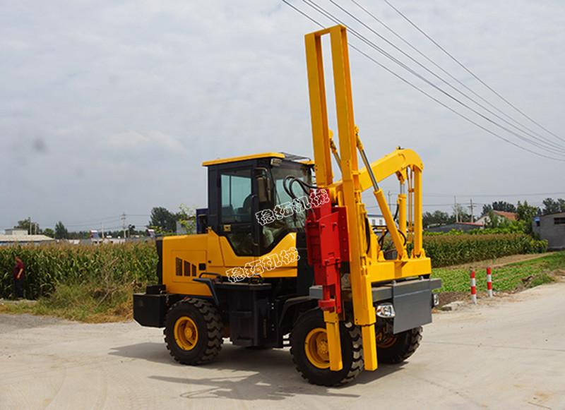 高速護欄打樁機8