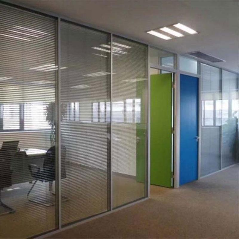 廣東韶關鋁合金隔斷雙層百葉隔斷成品安裝寫字樓高隔間
