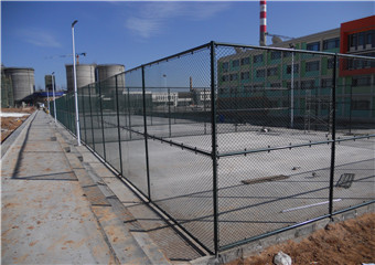 新疆体育场围网编织网围墙