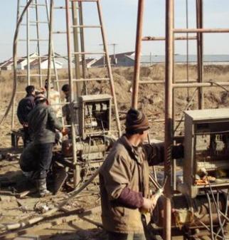 青海格尔木挖井队和玉树挖井公司