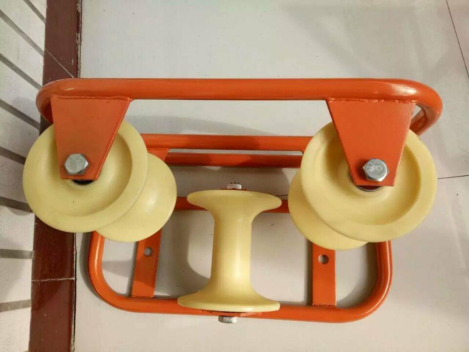 管口三联井口滑轮、电缆放线保护滑轮、坑口孔口滑轮