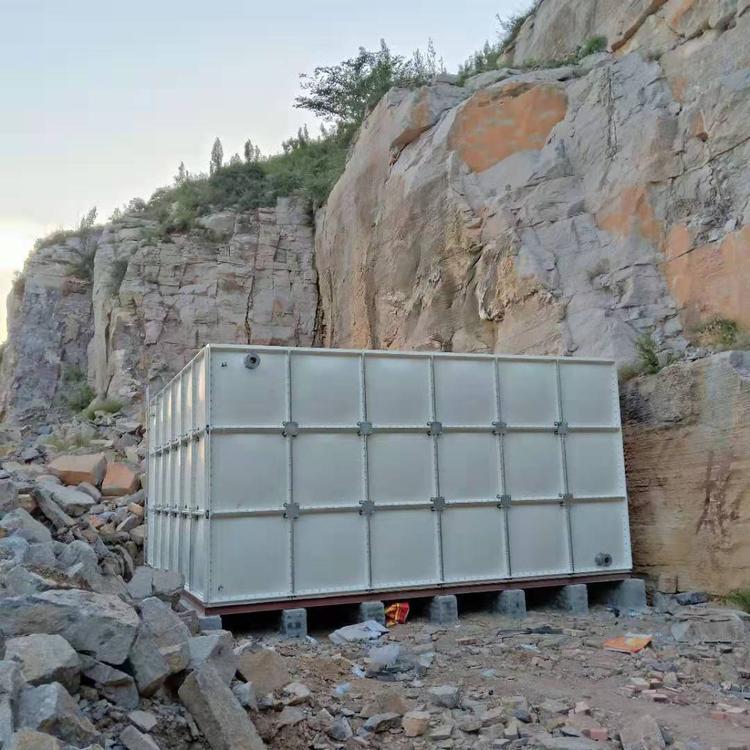 滄州玻璃鋼組合水箱玻璃鋼水箱批發