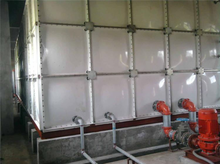 太原生產玻璃鋼水箱抗腐蝕玻璃鋼水箱廠家