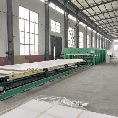 冷藏车厢板生产线设备 用于移动房舱大板保温板生产