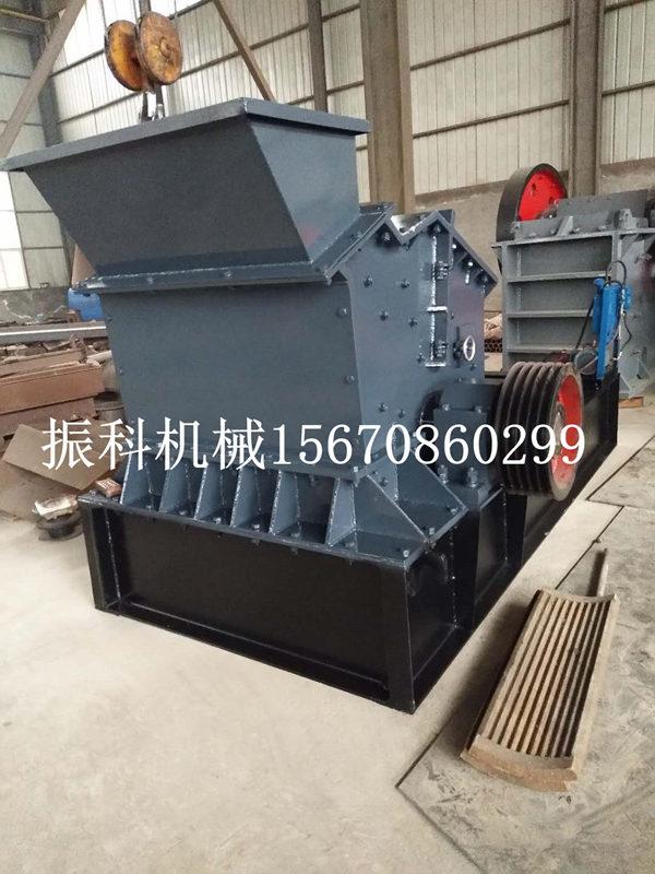 振科新型制砂机设备铁矿石移动制砂机可用范围广泛