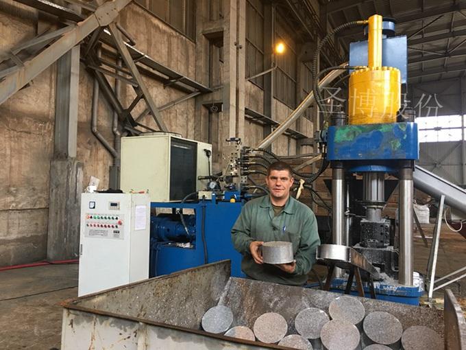 四柱立式廢鋁銷屑餅機360噸y83
