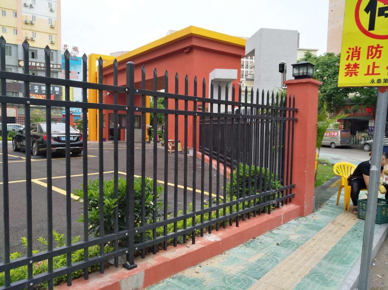 湛江工地外围护栏酒店停车场栅栏高速宿舍区护栏款式