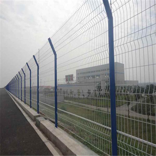 湛江公路防护网简易框架护栏网工地围栏网价格