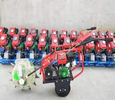 小型微耕播種機