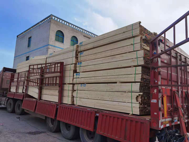 长春建筑工程木方、长春建筑工地模板、长春木方口料、长春福太木业