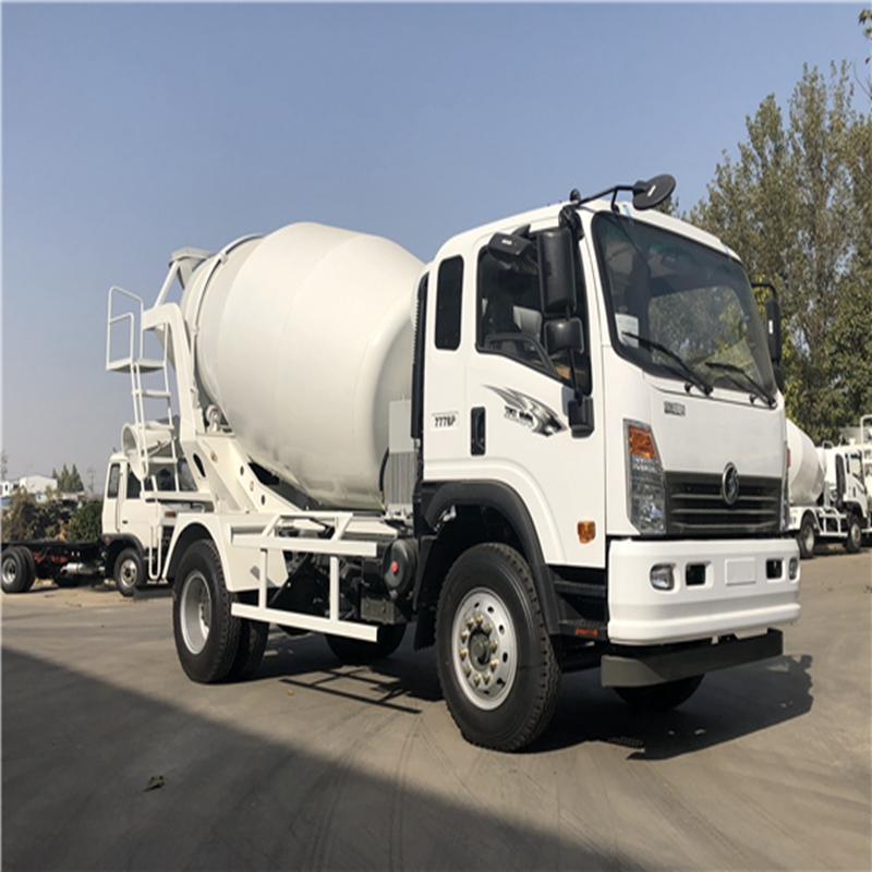 濟寧供應7方重汽攪拌車 小型混凝土攪拌車 泥濘道路攪拌車價格