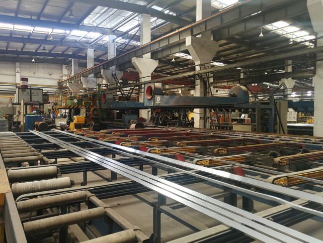 擠壓機鋁型材設備 意美德25年生產 一站式服務