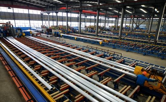 鋁材擠壓設備 無錫鋁材設備工廠 臥式鋁材擠壓機8mn