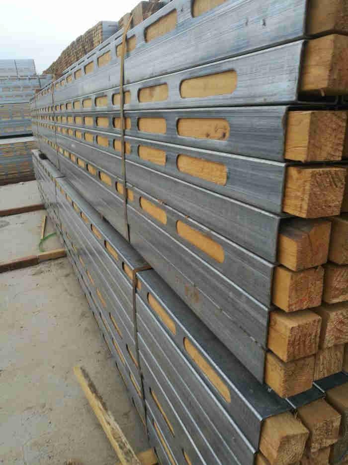 新型木方 鋼木龍骨鋼包木鋼木枕生產廠家誠信經營